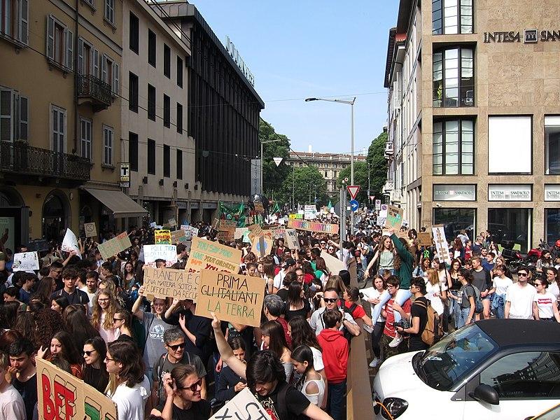 L'ambientalismo tra movimento e politica